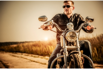 Motorcycling This Summer? How to Keep Cool on Warm-Weather Rides